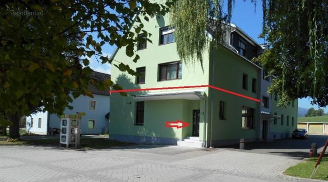Austria - Apartment with 97 m2 of living space, plus 2 garages, completely renov