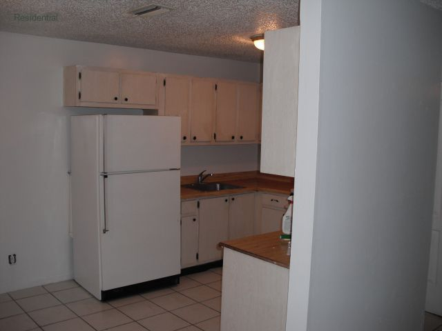 FT LAUD, FL 2BR CONDO RENTAL UNIT  $ 800 mo income