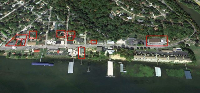 Lake Front/View - Restaurant / Apartments / Motel / Houses / Dock - 11 Parcels,